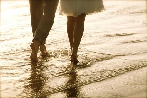 Caminando-en-la-playa